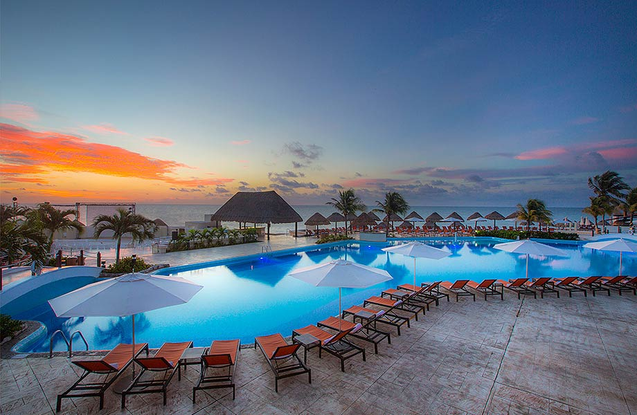 Cancun Moon Palace